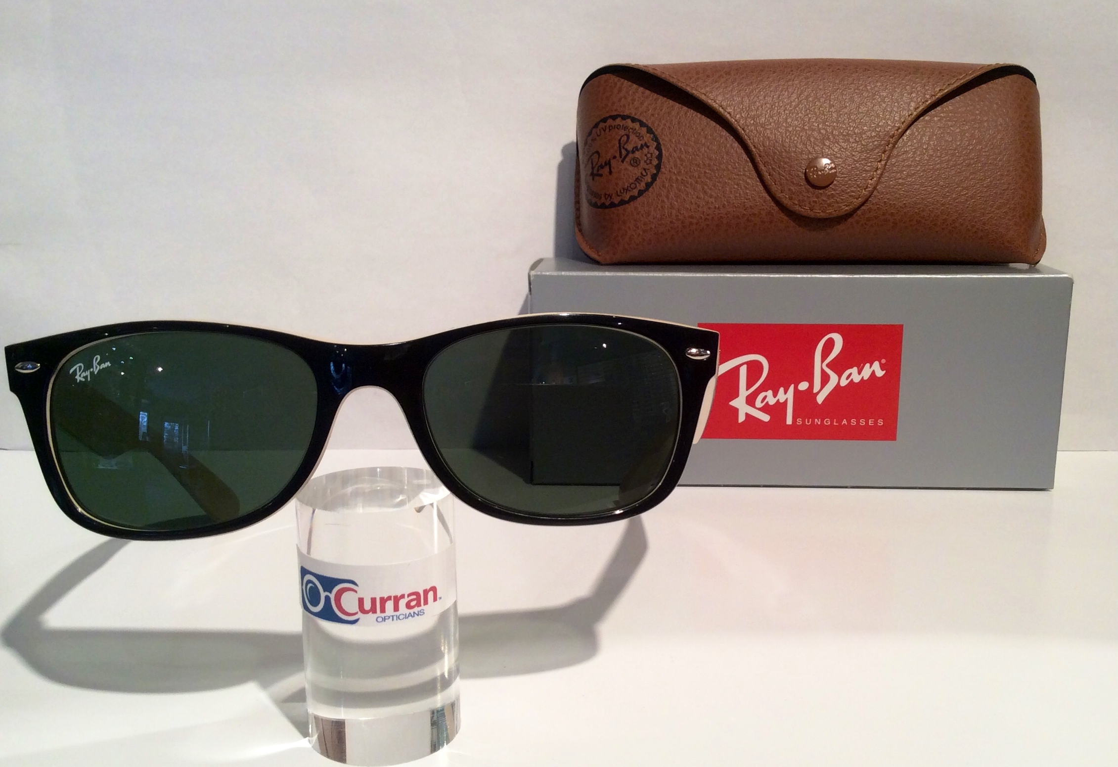 6a89180840a Ray Ban Rb2132 875 Sunglasses